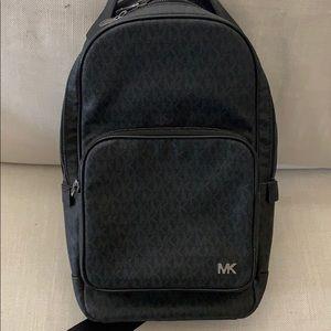 Michael Kors sling pack